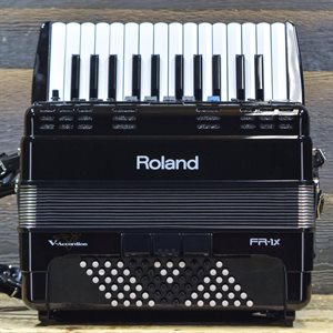 ROLAND FR-1X V-ACCORDION 26-KEY 72-BASS BLACK DIGITAL PIANO ACCORDION W / BAG