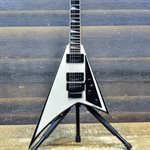JACKSON USA RR1 RANDY RHOADS SNOW WHITE W / BLACK BEVELS AVEC ÉTUI RIGIDE #014110