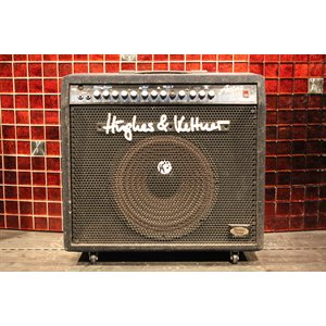 HUGHES & KETTNER ATTAX 100 AVEC FOOTSWITCH