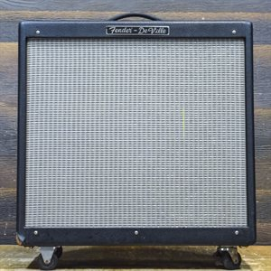 FENDER HOT ROD DEVILLE 410 60-WATT 4X10 AVEC FOOTSWITCH #B-004328