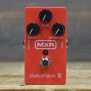 MXR M-115 DISTORTION III W / BOX