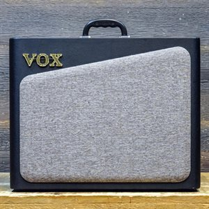 VOX AV30 ALL-ANALOG TUBE PREAMP CIRCUITS 30-WATT 1X10 #O02-900462