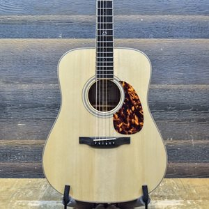 BOUCHER BG-42-C BLUEGRASS GOOSE DREADNOUGHT W / CASE (CONCERT PACK INCLUDED)