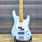 ERNIE BALL MUSIC MAN CAPRICE 4-STRING MAPLE NECK DIAMOND BLUE AVEC ÉTUI RIGIDE #F76210