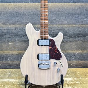 ERNIE BALL MUSIC MAN VALENTINE TRANS BUTTERMILK AVEC ÉTUI RIGIDE #G88595